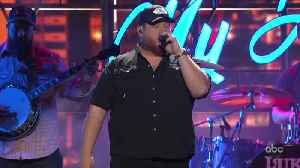 Luke Combs Performs 'Beer Never Broke My Heart' Live at CMA Awards 2019 [Video]