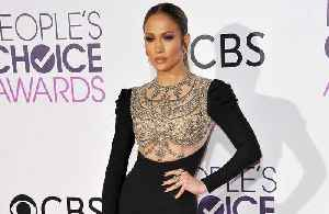 Jennifer Lopez wants to bring people together [Video]