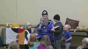 Program teaches kids about Native American heritage [Video]