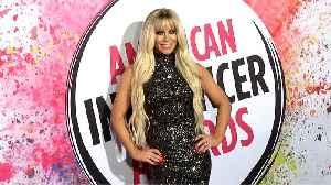 Gigi Gorgeous 2019 American Influencer Awards Pink Carpet Fashion [Video]