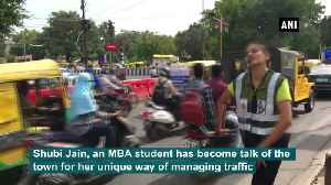 Girl manages traffic with her dance moves in Indore [Video]