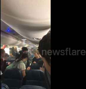 News video: Delta flight passengers forced to evacuate after smoke fills plane cabin in Madrid