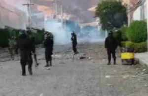 News video: Police and protesters clash in Cochabamba, Bolivia