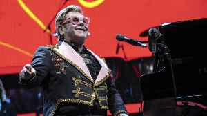 Elton John was left unable to walk after prostate cancer surgery [Video]