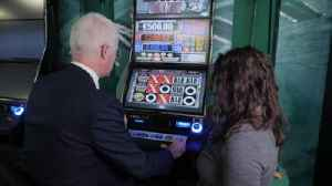 Betting shops using artificial intelligence to spot problem gamblers [Video]