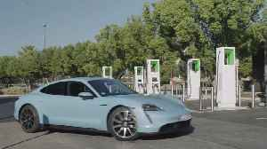 Porsche Taycan 4S - Charger demonstration [Video]