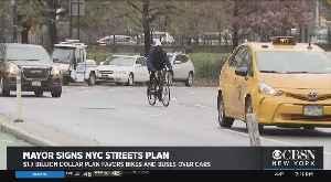 De Blasio Signs Streets 'Master Plan' [Video]