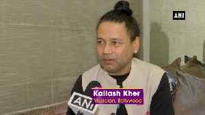 Kailash Kher to spread awareness regarding Delhi pollution [Video]