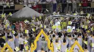 News video: Pope Francis arrives to cheering crowds for Holy Mass in Thailand