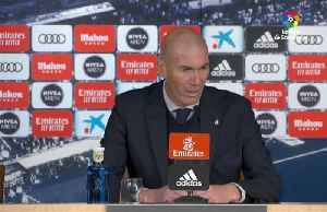 Zidane urges critical Real fans to get behind Bale [Video]