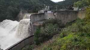 News video: Dam overflows after heavy rains cause flooding in southern France