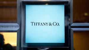 News video: Jim Cramer: How LVMH Buying Tiffany's Can Give the Jeweler its Sparkle Back