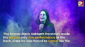 Ozzy Osbourne makes surprise performance on white throne at AMAs [Video]