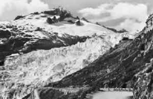News video: Photomontage shows 'clear and irreversable' shrinking of Swiss glaciers