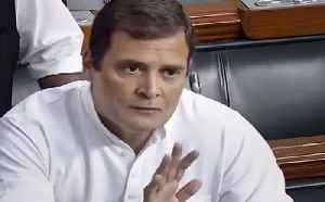 Rahul Gandhi in Lok Sabha, accuses govt of 'murdering' democracy in Maharashtra | OneIndia News [Video]