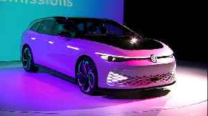 Volkswagen ID. SPACE Vizzion Concept Design on the stage at the Petersen Automotive Museum [Video]