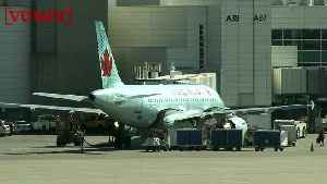 An Air Canada Boeing 787 Was Forced to Turn Back After Its Windshield Cracked Mid-flight [Video]