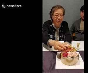 A lot of dough! South Korean grandmother gets endless stream of money inside birthday cake [Video]