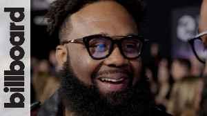 Blanco Brown Talks 'Git Up' Dance Craze, Teases His Next Single & Explains What 'Trailer Trap' Is | AMAs 2019 [Video]
