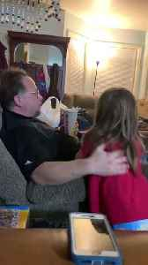 News video: Brother Gives Life Advice To Little Sister After Her Breakup