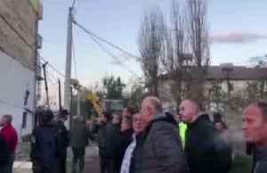 Several dead as quake hits Albania [Video]