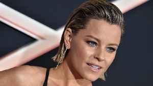 Elizabeth Banks to Develop Universal Horror Movie 'Invisible Woman' | THR News [Video]