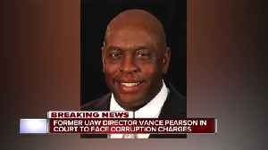 UAW's Vance Pearson 'lost 20 pounds, upset' over corruption case [Video]