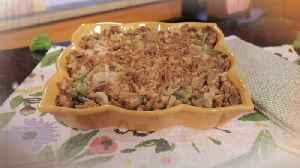 News video: What's for Dinner? - Leftover Turkey 'n Stuffing Bake
