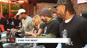Browns players help to 'Feed the Need' with turkey dinners for those in need at Town Hall Restaurant in Ohio City [Video]
