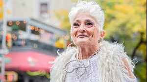 'Tinder Granny' Quits Dating App To Find Love | EXTREME LOVE [Video]