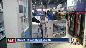 Less chaos as stores open for Black Friday sales [Video]