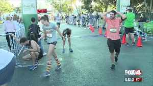 Thousands participated in the 40th annual Turkey Trot Thanksgiving morning. [Video]