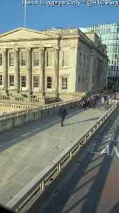 News video: London Bridge Terrorist Neutralised by Police