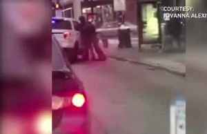 News video: Chicago cop suspended for bodyslam during arrest