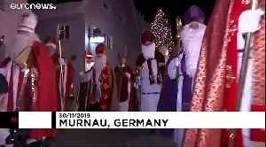 Germany's biggest gathering of Santa Clauses [Video]