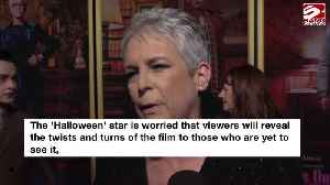 Jamie Lee Curtis warns those who spoil Knives Out [Video]