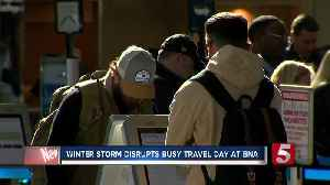 Winter storm disrupts busy travel day at Nashville airport [Video]