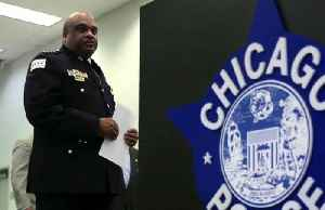 Chicago mayor fires police chief, accusing him of lying [Video]