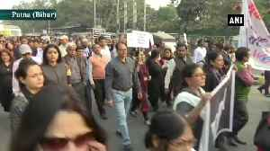 Hyderabad rape murder case Docotrs hold protest in Patna [Video]