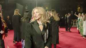 British Fashion Awards: Celebrities flock to London to wow the red carpet [Video]