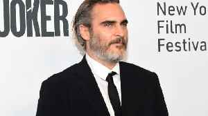 PETA honors Joaquin Phoenix as its 2019 Person of the Year [Video]