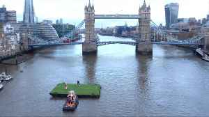 Wayne Rooney's Bicycle Kick Recreated Using Tower Bridge As Goal [Video]