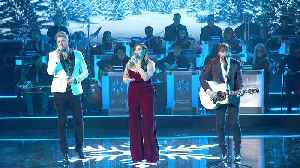 Lady Antebellum Performs 'Silent Night' on 'CMA Country Christmas' 2019 [Video]
