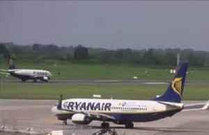 Ryanair blames Boeing MAX delays for possible job cuts [Video]