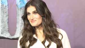 Idina Menzel backs Ariana Grande for 'Wicked' movie role [Video]