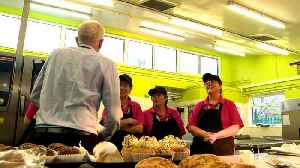 Jeremy Corbyn serves lunch to school pupils in Rugby [Video]