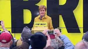 Nicola Sturgeon unveils the SNP's 2019 battle bus [Video]