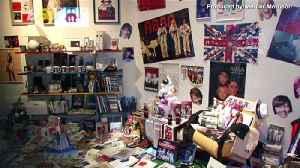 MAMMA MIA! Superfan Displays Massive ABBA Collection at London's O2! [Video]