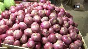 Onion leaves customer teary eyed in Patna [Video]
