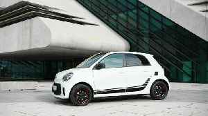 smart EQ forfour edition one Design in Ice white [Video]